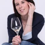 Wein-Expertin Janine Reichert (Foto) wird gemeinsam mit der ehemaligen Deutschen Weinprinzessin Ramona Sturm die Weinverkostung bei der Jungweinprobe fachlich begleiten.