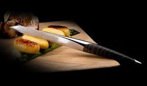 Die Steakmesser von swiss knife werden per Hand geschliffen