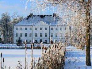 Winter Wonderland - Mit dem schlossgut gross schwansee Winterspecial dem Alltagsstress entfliehen