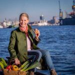Cornelia Poletto suchen das beste Fischbrötchen