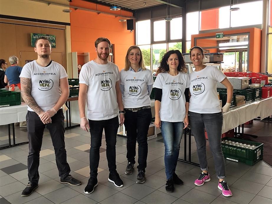 Das Team von der Ausgabestelle (Foto: Falk Bartels)
