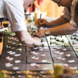 Gourmet-Kreationen für das Kulinarik & Kunst Festival St. Anton am Arlberg. Bildnachweis: TMC/K&K