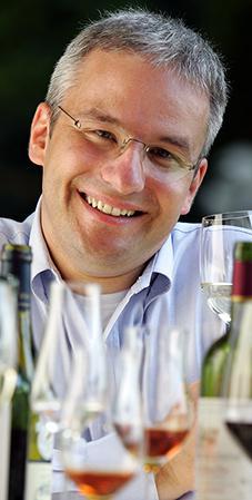 Top-Sommelier Markus Del Monego führt durchs kulinarische Programm