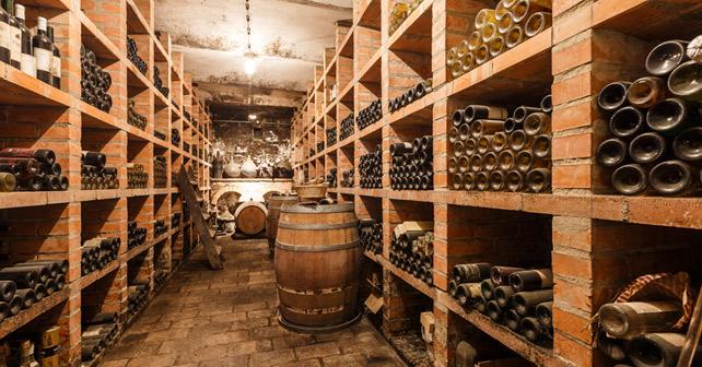 Weinkeller im Weingut Franz Schindler