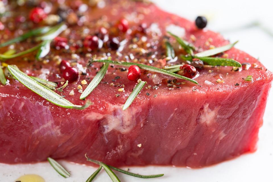 foodwatch zur Debatte um eine Mehrwertsteuererhöhung für Fleisch