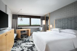 Premium Zimmer (City View) Sheraton Frankfurt Airport Hotel & Conference Center