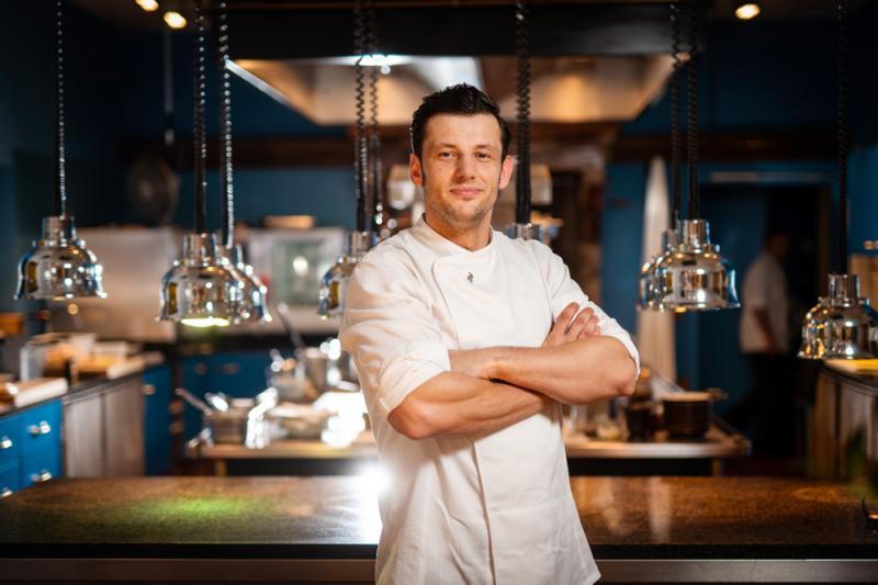 Küchenchef Alexander Müller im 17fuffzig (c) Fotograf Tino Schulz