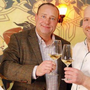Nik Weis (l.) und Matthias Meurer freuen sich auf die Gourmetveranstaltung. © Holger Bernert