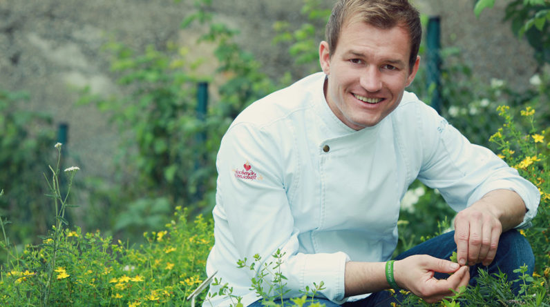 Toques d'Or Chef Simon Tress