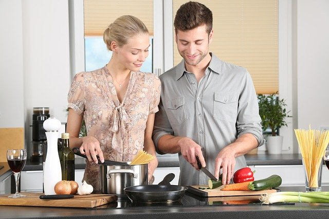 Gastgeber mit dem passenden Kochgeschirr